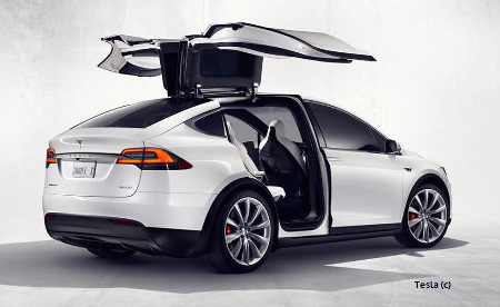 Tesla-Model-X-rear-doors